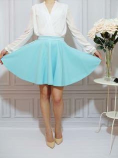 KWINTESENCJA KOBIECOŚCI spódnica rozkloszowana