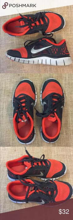 Big Kids Nike Free Run 3 Sz 5y (Women's Sz 6.5)😍 Kids Nike Free Run 3 Sz 5 Youth EUC. No issues. Red, black and gray. Treads are not worn. Soles have some wear to them. Equivalent to women's Sz 6.5. Get your workout on! Nike Shoes Sneakers