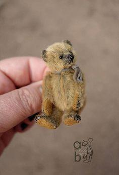 Pebbles Mini Miniature 2 1/4 Artist Teddy Bear by