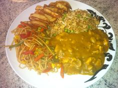 Egg Fried Rice, Chicken Curry, Chips & Vegetable Stir Fry - 5.5 syns