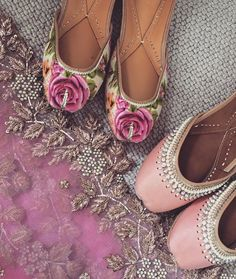 Checkout here new khussa designs for casual wear, party wear and wedding wear. Pumps Heels, High Heels, Shoes Sandals, Indian Shoes, Espadrilles, Punjabi Fashion, Asian Fashion, Indie, Indian Accessories