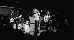 Led Zeppelin live shot