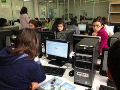 Estudiantes de nuevo ingreso de la ENP responden el TICómetro.