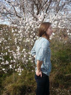 Angèle Couture- Une plume sinon rien: Une blouse Carme sinon rien!