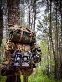 Bushcraft Backpack, Bushcraft Gear, Bushcraft Camping, Camping Survival, Outdoor Survival, Survival Gear, Survival Skills, Camping Life, Tent Camping