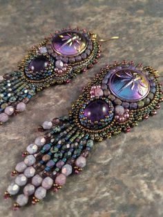 Bead Embroidered Dragonfly Czech button earrings with genuine amethyst cabochons. Bead Embroidered Dragonfly Czech button earrings with . Bead Embroidery Tutorial, Bead Embroidery Jewelry, Beaded Embroidery, Beaded Jewelry, Beaded Bracelets, Button Earrings, Women's Earrings, Handcrafted Jewelry, Earrings Handmade