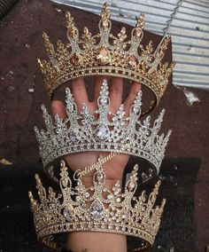 Crown Aesthetic, Queen Aesthetic, Princess Aesthetic, Headpiece Jewelry, Hair Jewelry, Princess Jewelry, Magical Jewelry, Quince Dresses, Accesorios Casual