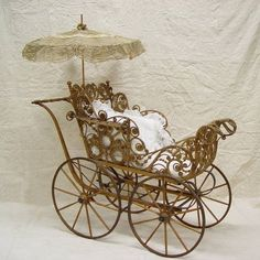 WICKER BABY BUGGY WITH UMBRELLA