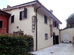 Splendido il particolare della #pietra a vista. #villa #brescia #dreamhome