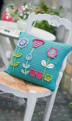 Crochet flower cushion....
