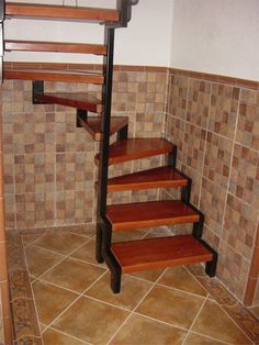 ideas dogs ideas for house basements Steel Stairs, Loft Stairs, House Stairs, Home Decor Signs, Unique Home Decor, Escalier Art, Basement House, Modern Stairs, Stair Storage