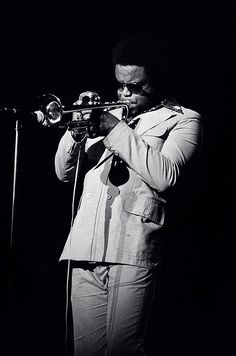 Explore the best Freddie Hubbard quotes here at OpenQuotes. Quotations, aphorisms and citations by Freddie Hubbard Jazz Artists, Jazz Musicians, Music Artists, Hard Bop, Live Music, My Music, Jazz Trumpet, Play Trumpet, Freddie Hubbard