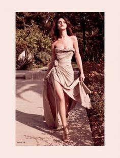 Selena Gomez for Elle Mexico August 2011