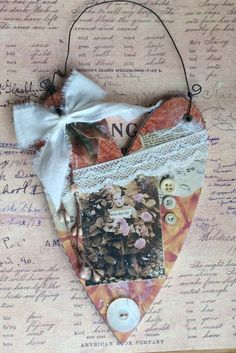 Paper Crafts, Wood Crafts, Acorn Crafts, Diy Crafts, Primitive Crafts, Fabric Crafts, Paper Art, Sewing Crafts, Sewing Projects