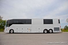 2015 Prevost H3 45 Olympia Double Slide Shell | Olympia Luxury Coaches | La Vergne Tennessee