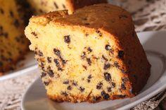 La torta del 2 con gocce di cioccolato è non solo facile da preparare ma anche da ricordare. Il numero 2 vi guiderà e renderà la realizzazione di questo dolce una vera passeggiata. Ecco la ricetta