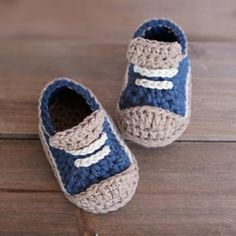 Crochet Baby Booties Crochet Pattern for Boys Booties 'Crete' Sneaker, … Crochet Baby Shoes, Crochet Baby Booties, Crochet Slippers, Crochet Clothes, Knit Crochet, Baby Patterns, Crochet Patterns, Handgemachtes Baby, Baby Boys