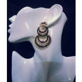 kokan-planet-dulhan-and-party-wear-ear-ring-diamond-and-pears-studded
