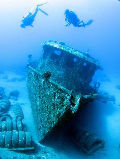 Maui presents nearly endless diving opportunities