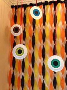 Halloween Eyeballs made of white paper plates by Liz De Paz