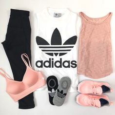 Last Day of Early Access Nordstrom Anniversary Sale - adidas top crop leggings yoga outfit athleisure nike sportsbra Source by jasmin_duscha - Yoga Outfits, Legging Outfits, Teen Fashion Outfits, Nike Outfits, Sport Outfits, Casual Outfits, Style Fashion, Hiking Outfits, Petite Outfits