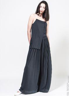 Pleat Top . Carla Pontes . fashion design . scar-id.com