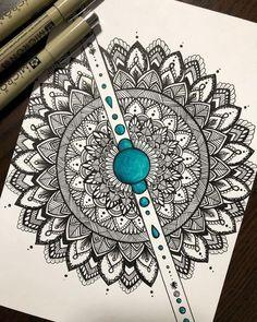 Ideas For Tattoo Mandala Arm Design Tatoo Mandala Doodle, Mandala Art Lesson, Mandala Artwork, Mandala Painting, Mandala Tattoo, Zen Doodle, Doodle Art Drawing, Zentangle Drawings, Mandala Drawing