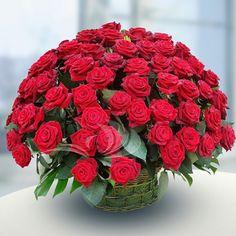 Шикарный букет из роз)