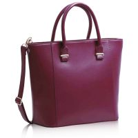 Geanta dama Luxury Burgundy www. Handbags On Sale, Tote Handbags, Leather Fashion, Leather Bag, Purple Purse, Shoulder Strap Bag, Tote Purse, Tote Bags, Uk Fashion