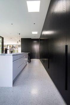 70 Smooth Concrete Floor Ideas for Interior Home Polished Concrete Kitchen, Smooth Concrete, Concrete Tiles, Floor Design, House Design, Granite Flooring, Ceramic Flooring, Terrazzo Flooring, Modern Flooring