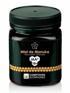 Miel de Manuka - Comptoirs & Compagnies - IAA18+  Pot 250 g Niveau d'activité le plus élevé. Ce sont les miels les plus efficaces dégustés ou appliqués directement sur la peau. Le miel de manuka IAA18+ possède une efficacité comparable à une solution aqueuse à 18% de phénol.  Ces miels possèdent un niveau minimum de methylglyoxal de 696mg/kg. Prix de vente conseillé : 48.60€