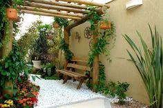 Courtyard garden.