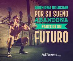 Quien deja de luchar por sus sueños abandona parte de su futuro. #fitness #motivation #motivacion #gym #musculacion #workhard #musculos #fuerza #chico #chica #chicofitness #chicafitness #sport