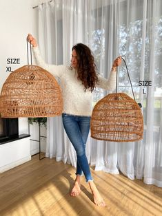 Rattan Lampe, Natural Lamps, Boho Stil, Lampshades, Lampshade Ideas, Lampshade Redo, Warm Colors, Decoration, Wicker