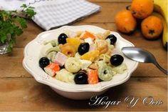 ¿Cansad@ de la ensalada de tomate y lechuga? Mira qué propuestas distintas de ensaladas nos apuntan desde el blog HOGAR Y OCIO.