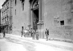 Ocupación de la Iglesia del Carmen. Madrid, agosto 1936.
