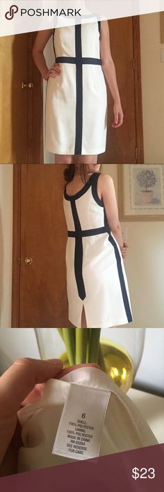 ~DRESSBARN~ dress Never worn without tags. Amazing condition and so cute and great quality. Come from a non smoke home. Dress Barn Dresses Midi