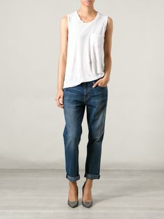 Boyfriend jeans... absolutely perfect #jeans