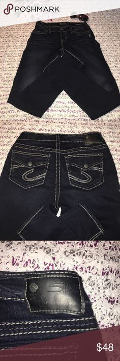 """Silver Suki Super Skinny Jeans Size 27. Inseam 31"""". Waist laying flat: 14""""  Super skinny mid rise jeans. Pockets are not functioning-only for show. Material has stretch. Excellent condition. Silver Jeans Jeans Skinny"""