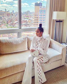Image of White Soho Set: Ships in 13 business days White Fashion, Look Fashion, Womens Fashion, French Fashion, Curvy Fashion, Fall Fashion, Elegantes Outfit Frau, All White Outfit, White Outfits For Women