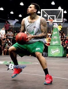 Chris at the 2014 BET Experience Sprite Celebrity Basketball Game.