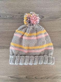 Free knitting pattern! Striped pom pom beanie