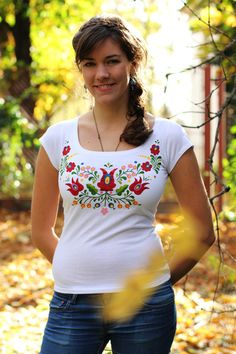 hand painted hungarian folk art t shirt with blue flowers. Black Bedroom Furniture Sets. Home Design Ideas