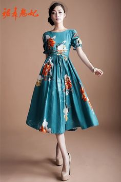 Sea blue dress: vintage English print