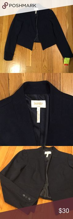 NWT Laundry navy cropped blazer NWT cropped navy blazer by Laundry by Shelli Segal Laundry By Shelli Segal Jackets & Coats Blazers