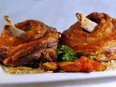 Bajor csülök Nutella, Pork Hock, Bologna, Tandoori Chicken, Lamb, Bacon, Food And Drink, Cooking Recipes, Beef