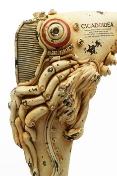 Cicada (Emergence type)蝉(羽化)型浮遊機 | 松岡ミチヒロ Steampunk Airship, Dieselpunk, Vinyl Toys, Vinyl Art, Design Industrial, Sci Fi Environment, Lego Mecha, Body Drawing, Mechanical Design