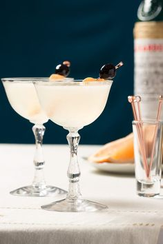 1930's Seventh Heaven Cocktail - Perfect for your next vintage party, this…