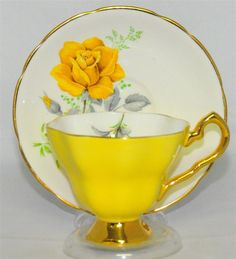 Royal stafford bright yellow floral roses tea cup and saucer (teacup) Tea Cup Set, My Cup Of Tea, Tea Cup Saucer, Antique Tea Cups, Vintage Cups, Royal Stafford, China Tea Sets, Mellow Yellow, Bright Yellow