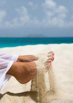 heerlijk! voeten in het zand